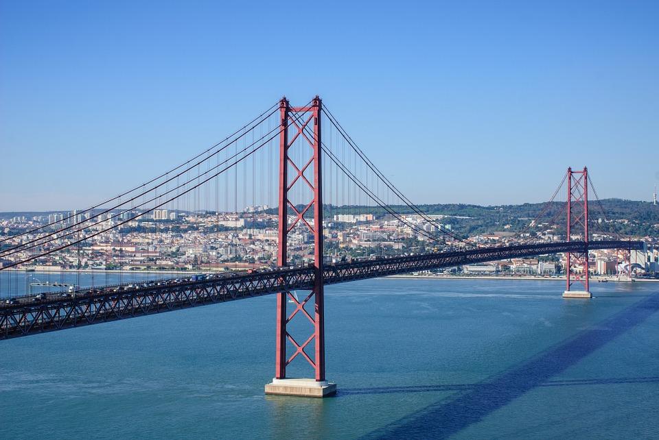 ponte-25-de-abril-898789_960_720